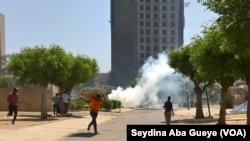 Grève des étudiants à Dakar, au Sénégal, le 14 juin 2017. (VOA/Seydina Aba Gueye)
