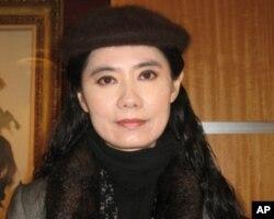 北京航空航天大学绘画系副教授谭红博士