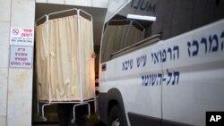 Transfert du corps d'Ariel Sharon, décédé le 11 janvier 2014 au centre médical Sheba près de Tel-Aviv.