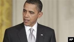 Ομπάμα: Ο Μοαμάρ Γκαντάφι θα πρέπει να αποσυρθεί