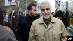 伊朗圣城军指挥官卡西姆·苏莱曼尼在德黑兰参加纪念1979年伊斯兰革命周年集会(2016年2月11日资料照片)