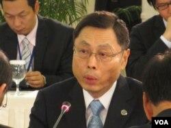 台湾海基会副董事长高孔廉(美国之音张永泰拍摄)