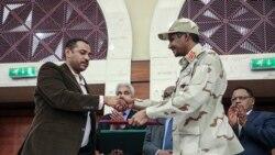 """Le Soudan fait un pas """"crucial"""" vers la démocratie, selon l'UA"""