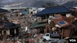 Kota Ofunato di Perfektur Iwate, Jepang, yang hancur akibat tsunami setahun lalu ini akan menjadi salah satu tempat bagi proyek tenaga surya pertama dunia dengan listerik yang didistribusikan lewat baterei-baterei lokal bagi masyarakat di kota itu.