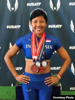 Atlet lari gawang Indonesia, Dedeh Erawati saat bertanding di Amerika Serikat (Dok: Satrio Guardian)