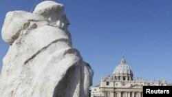 Quảng trướng Thánh Phêrô tại Vatican.