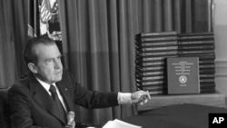 Richard Nikson, 1974-yilning 9-avgusti, Oq Uy