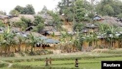 Kamp penampungan pengungsi Rohingya di Kutupalong, Bangladesh, 31 Mei 2015 (Foto dok).