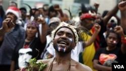 Warga asli Papua sejak lama merasa resah dengan penambahan jumlah warga pendatang ke Papua (foto: dok).