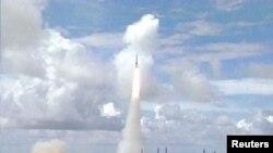 지난 2001년 미국 반덴버그 공군기지에서 실시한 미니트맨 대륙간탄도미사일 시험발사 장면.
