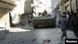 叙利亚政府军在霍姆斯城中