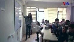 """""""Türkiye'de Her İki Suriyeli Çocuktan Biri Okula Gitmiyor''"""