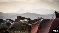 Humanitarna akcija za izbeglice u Idomeniju posustaje. (Fotografija: Džon Ovens/Glas Amerike)