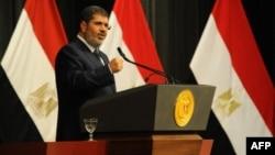 El depuesto ex presidente egipcio Mohammed Morsi durante un discurso el pasado 26 de junio, poco antes de ser derrocado. (Foto de la presidencia de Egipto).