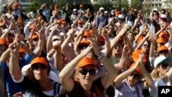 یونان: ہر پانچ میں سے دو نوجوان بے روزگار