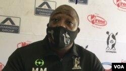 UMandla Lulu Mpofu, umqeqetshi weqembu leHighlanders Football Club. (VOA)