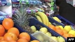 Çmimet e ushqimeve dhe naftës po rriten në Shqipëri
