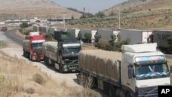 土耳其卡車等待進入敘利亞(2011年6月5號資料照)