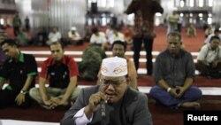 Suasana di Mesjid Istiqlal, Jakarta. (Photo: Reuters/Beawiharta)