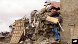 Um prédio que desabou em Nairobi, em Junho de 2017