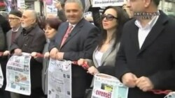 'İnsanlarda Söyledikleri Yüzünden Hapse Atılma Kaygısı Var'