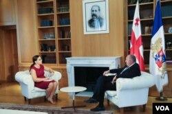 Nana Sajaia of VOA's Georgian service spoke with Georgian President Giorgi Margvelashvili, Aug 1, 2017. Photo by President's photographer Leli Blagonravova