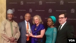 VOA News Senior Executive Producer Beth Mendelson (center) with (L to R) VOA Hausa Managing Editor Aliyu Mustapha, Africa Division Director Negussie Mengesha, Photographer Fati Abubakar and VOA News Investigative Editor Tom Detzel.