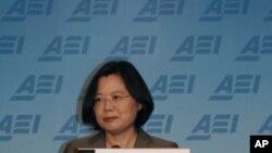 台灣總統大選反對派參選人蔡英文在訪問華盛頓時表示她的政黨如果重回執政﹐將尋求與中國保持良好關係。