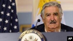 El presidente uruguayo José Mujica destacó que hay 150.000 consumidores de marihuana en su país.