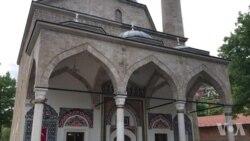 Hiljade vjernika na otvaranju Aladža džamije