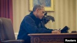 Tổng thống Obama tại Phòng Bầu dục của Tòa Bạch Ốc.
