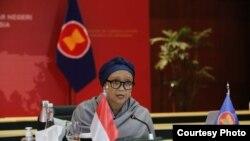 Menteri Luar Negeri Indonesia Retno Marsudi dalam pertemuan informal para menteri luar negeri ASEAN Ministerial Meeting (AMM) secara virtual, Rabu, 24 Juni 2020. (Foto: Kementerian Luar Negeri RI)