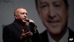 Presiden Turki Recep Tayyip Erdogan dalam kampanye di Istanbul, 19 Maret 2019.