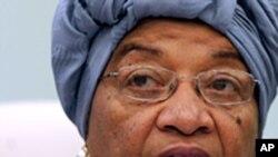 Libéria: Tubman procura apoios para enfrentar a presidente Sirleaf