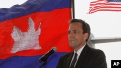 U.S. Ambassador to Cambodia William E. Todd gives a speech during a repatriation ceremony to honor the recovery of possible remains believed to belong to missing U.S. military service members found in Kampong Cham province, file photo.