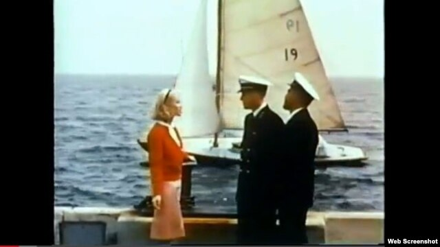 "This screenshot from the 1965 U.S. Navy training film ""Blondes Prefer Gentlemen"" shows what to do in a ""dangerous"" dating situation."