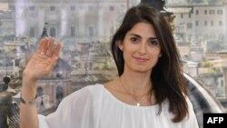 Virginia Raggi, la nouvelle maire de Rome en Italie.