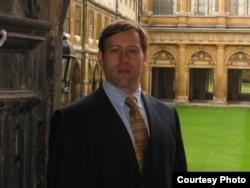 剑桥大学研究员汤姆•格兰特(Tom Grant)