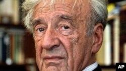 rix Nobel de la paix Elie Wiesel, un rescapé de la Shoah originaire de ce pays qui a oeuvré pour que Bucarest reconnaisse sa responsabilité dans cette page sombre de l'Histoir, 12 septembre 2012. (AP Photo/Bebeto Matthews)
