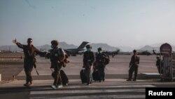 Maafisa wa Marine wa Marekani nchini Afghanistan