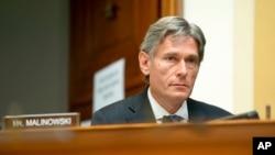 Конгрессмен Том Малиновский на заседании Комитета по иностранным делам Палаты представителей Конгресса США.