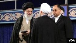 حکم ریاست جمهوری حسن روحانی روز پنجشنبه از سوی رهبر جمهوری اسلامی تنفیذ شد.