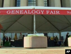 The National Archives holds annual genealogy fairs to help people learn more about searching for their roots.