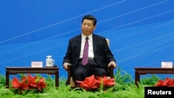 """2014年6月28日中国国家主席习近平在人民大会堂出席纪念""""和平共处五项原则""""60周年会议"""