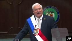 El presidente de Panamá Ricardo Martinelli también viajará a Vietnam el miércoles.