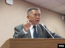 台灣執政黨國民黨立委楊應雄 (美國之音張永泰拍攝)
