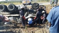 Mortos e feridos em acidente de viação apos comicio do MPLA - 0:57