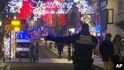 تیراندازی مقابل یک بازار ویژه کریسمس صورت گرفت.