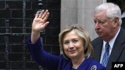 Клинтон призывает Дамаск к реформам
