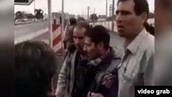 یکی از کارگران شرکت آذرآب که در تجمع روز یکشنبه در پی حمله پلیس زخمی شد.